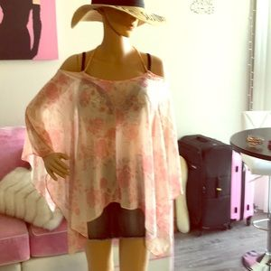 Beautiful high-low peachy blouse! Perfect 4 Summer